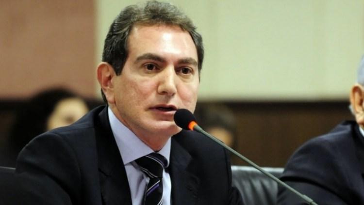 Juíza revoga prisão de Nadaf após confessar esquema criminoso