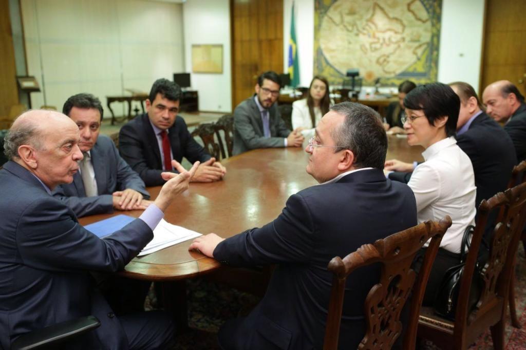 Ministro José Serra participa de eventos em Cuiabá