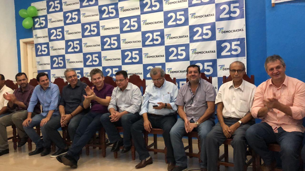 Mauro Mendes integra encontro do DEM e projeta expectativa de Governo