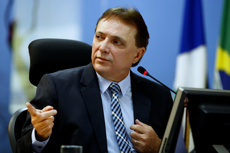 TCE encaminha ao governador ato de aposentadoria de Antonio Joaquim