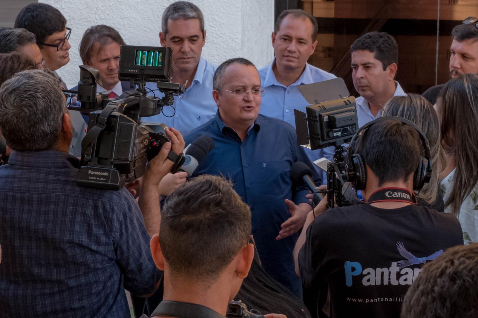 """Taques diz que """"organizou Estado financeiramente"""" e propõe nova etapa em MT"""