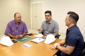 Com meta de entregar obra em dezembro, Emanuel transfere gabinete para novo PS