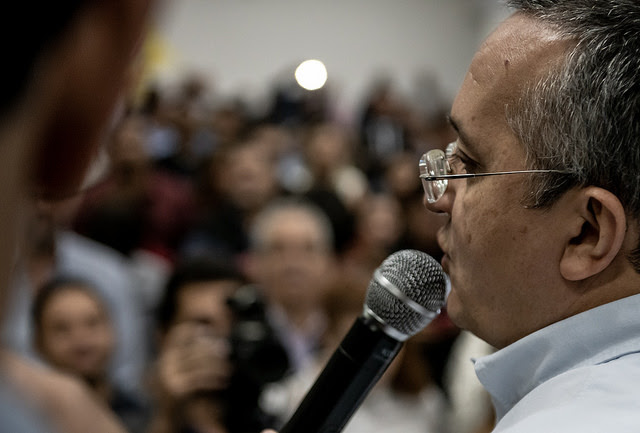 """Taques diz que concedeu progressão a 42,5 mil servidores """"enquanto Mauro proibiu direito"""""""