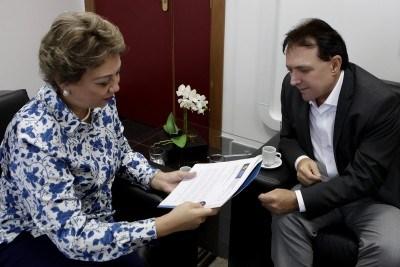 Justiça Eleitoral convoca eleitor a não votar em candidato que suja a cidade