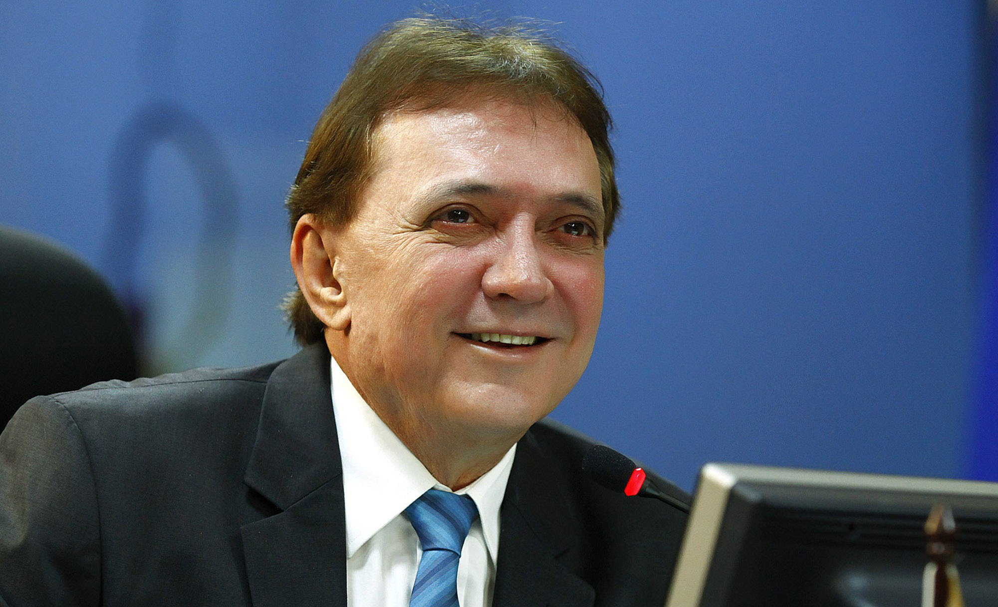 Presidente do TCE sugere interesse pessoal de Capiberibe na PEC 30