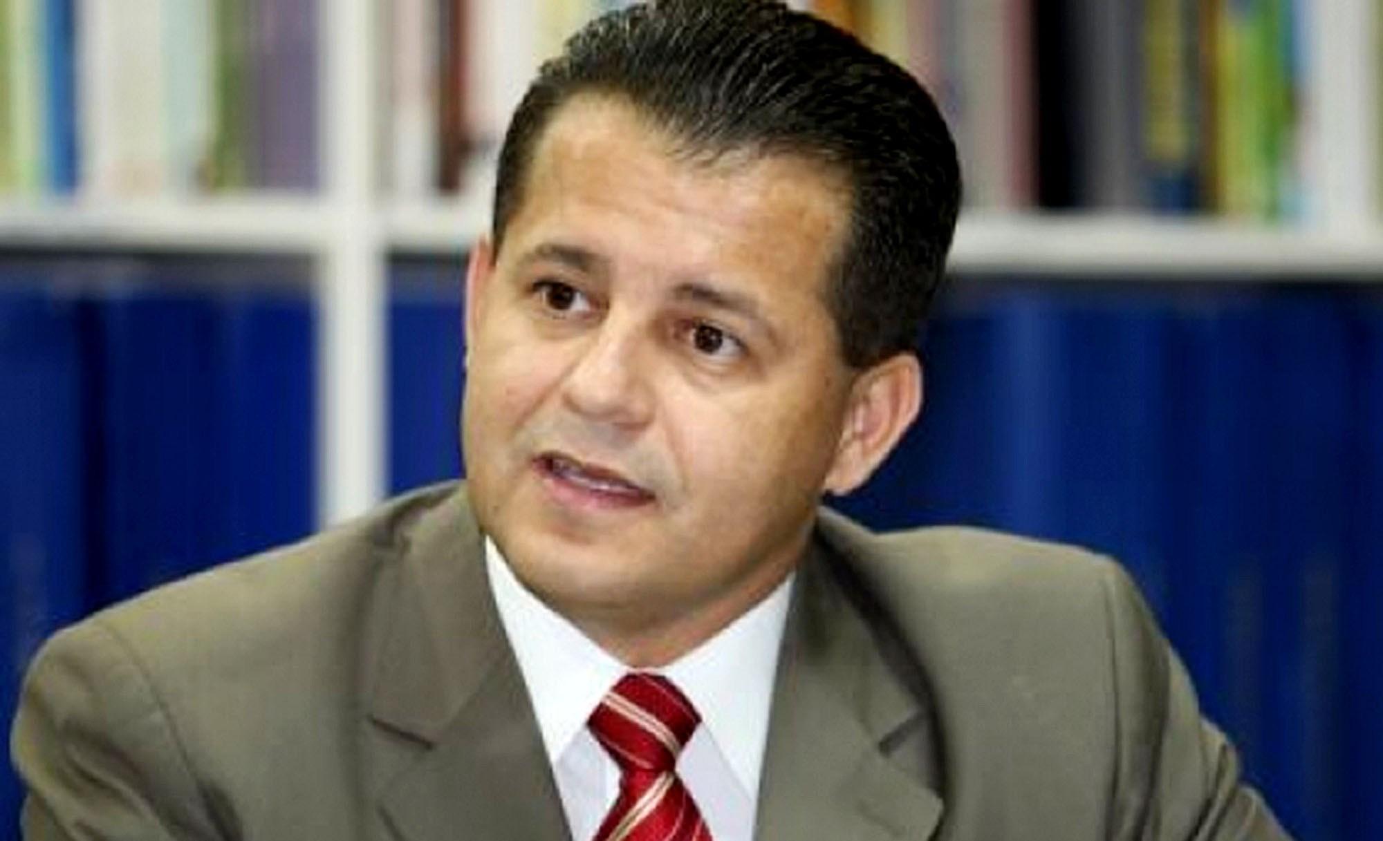 Justiça suspende reunião do PSB e 'segura' deliberação de expulsão