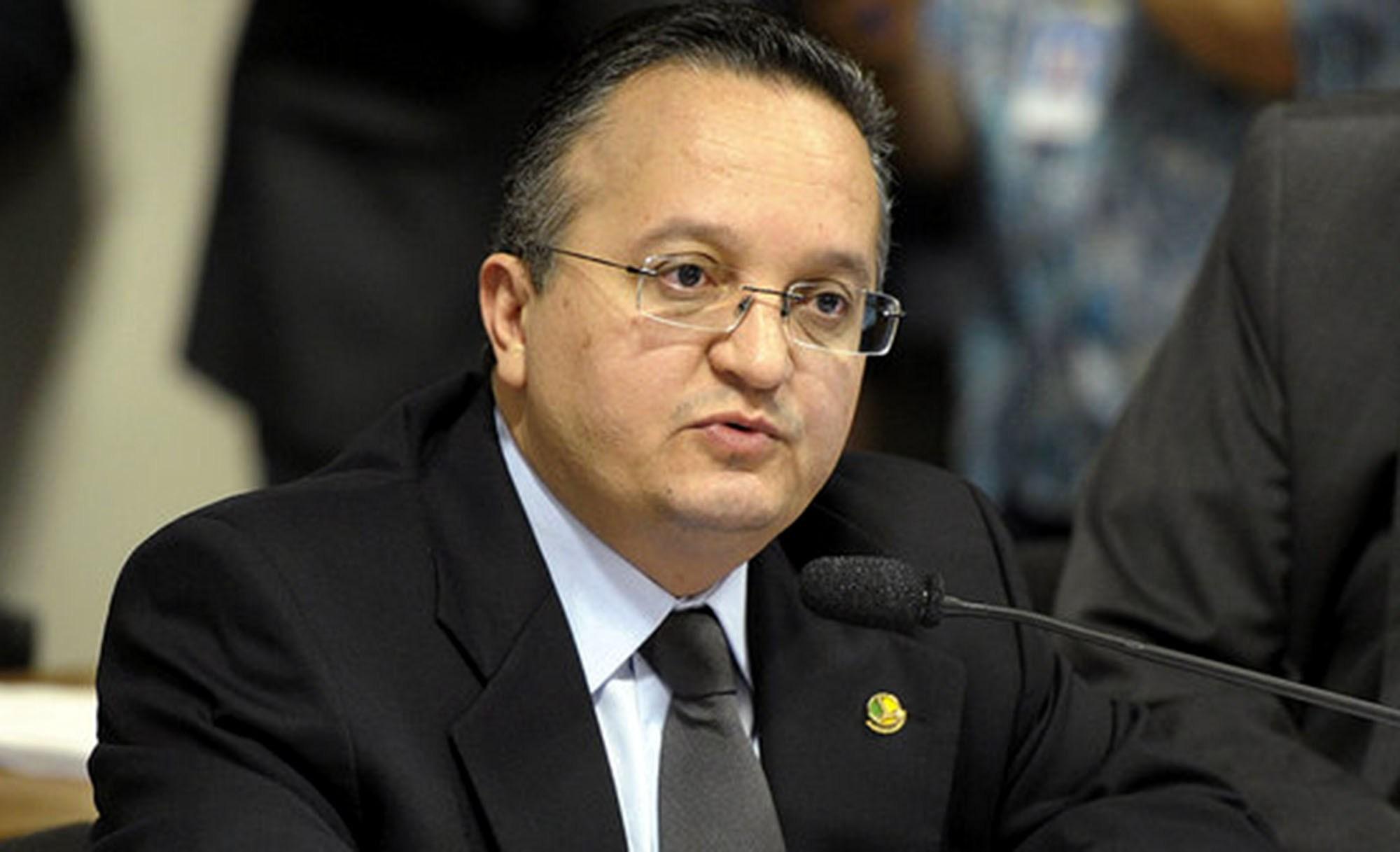 """Taques rebate Mauro Mendes e cutuca: """"não pode ter medinho"""""""