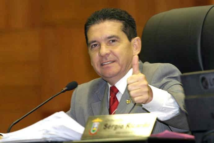 MPE acusa Sérgio Ricardo de adquirir TV com 'recompra' de vaga