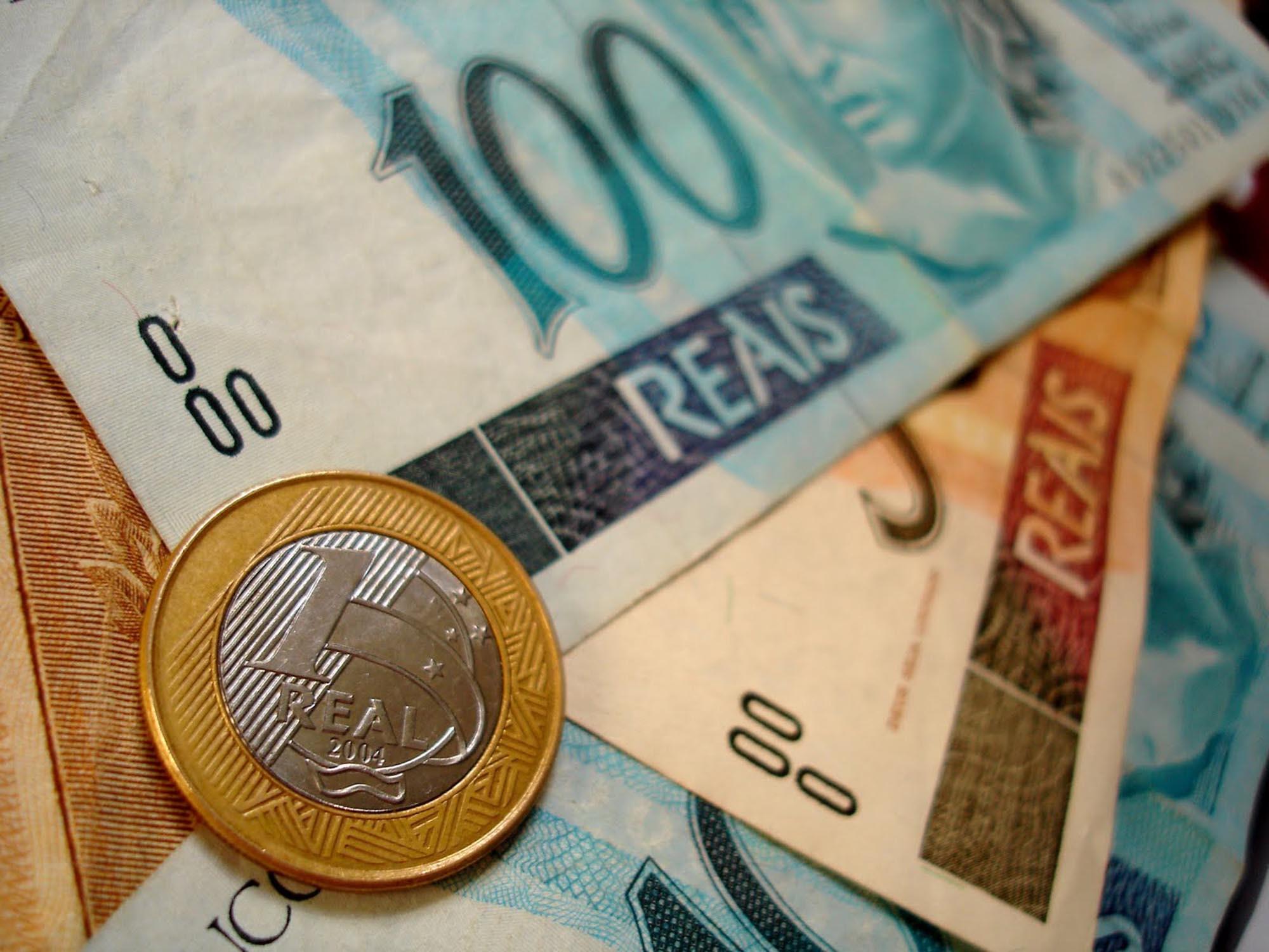 Receita libera restituição de Imposto de Renda na segunda-feira