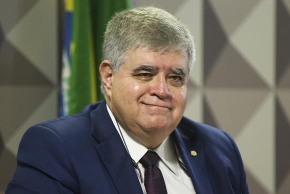 """Ministro diz que rejeição ao Governo Temer é culpa da """"lavagem cerebral da população"""""""
