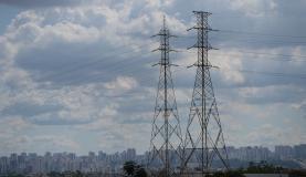 Justiça decide manter condenação a Energisa por queda de poste
