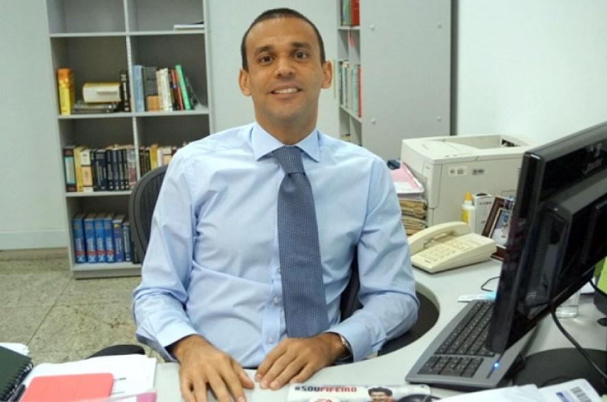 Presidente do TJ autoriza investigação contra juiz