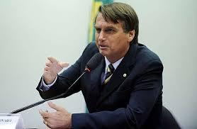 Bolsonaro prioriza militares em seu primeiro dia como presidente eleito em Brasília
