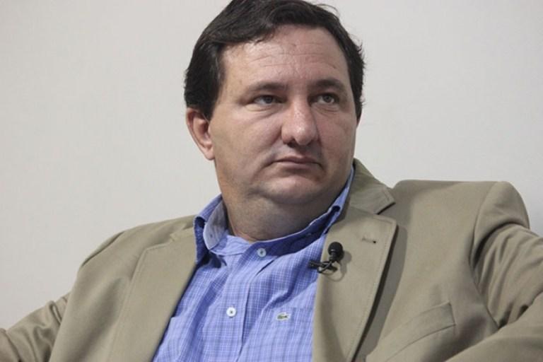 Barranco pede vista e votação da LOA 2018 'emperra' na AL