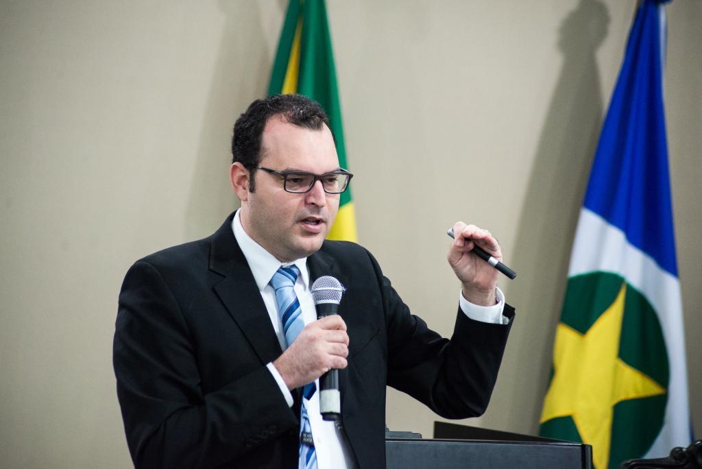 Marrafon destaca prioridades na Educação e mira reeleição de Taques