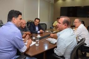 Emanuel anuncia destino de R$ 12 mi à Santa Casa em recursos federais
