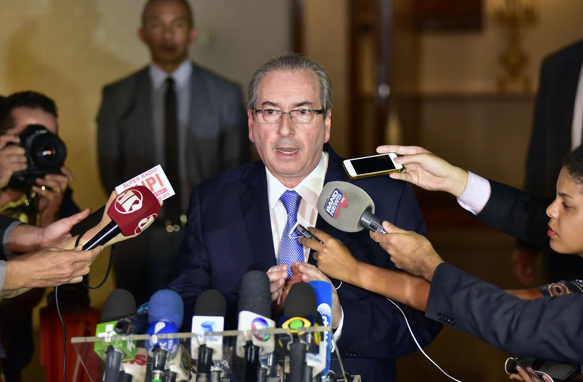 MPF pede 386 anos de prisão para Cunha e 78 para Henrique Eduardo Alves