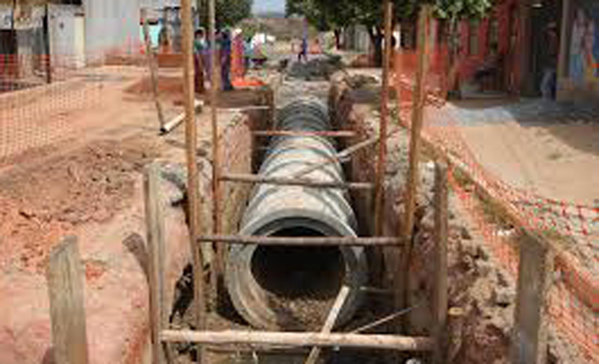 Crea faz vistoria em obra de abastecimento de água de Chapada dos Guimarães