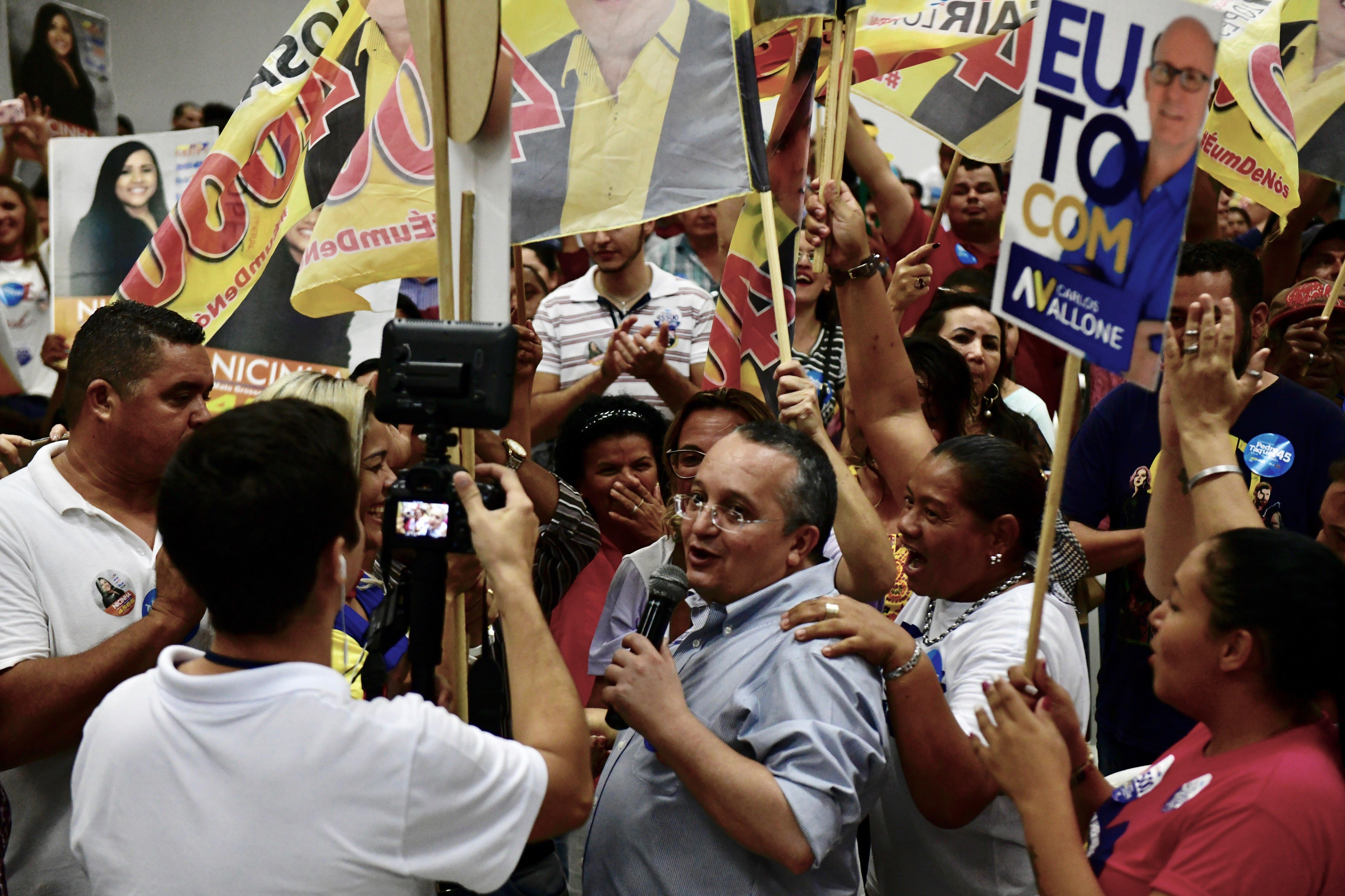 """""""Não deixaremos que aqueles que roubaram R$ 1 bi voltem a governar MT"""", dispara Taques"""