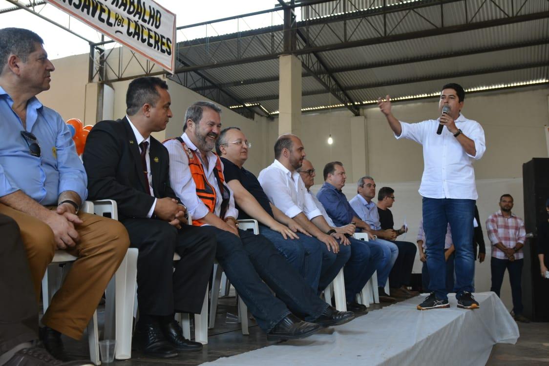 Em Cuiabá, Geraldo Alckmin diz que aliança de Taques deve ser ampliada