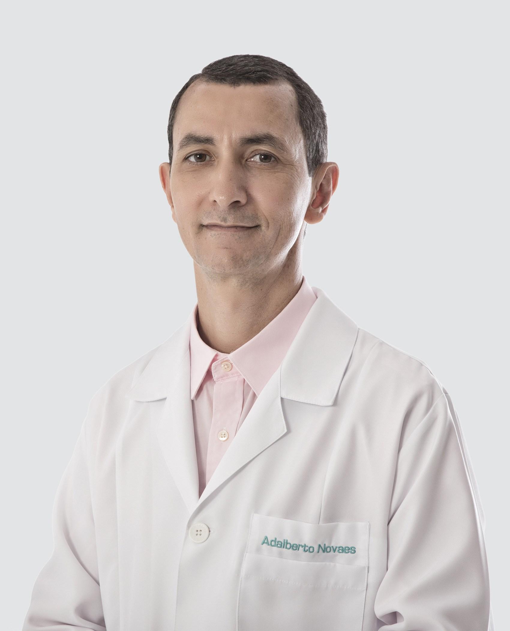 Dr. Adalberto Novaes
