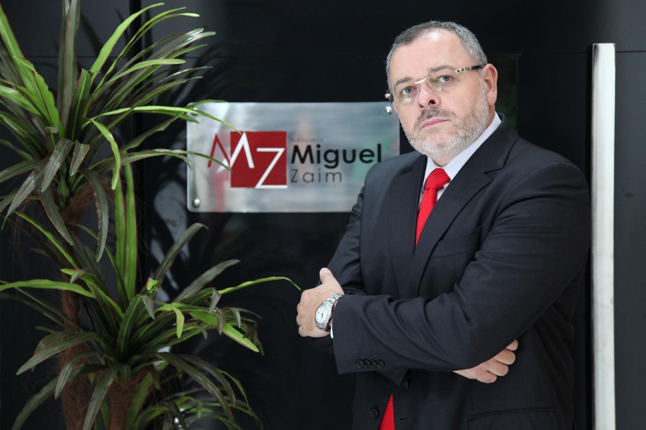 """""""O síndico deve trabalhar em duas frentes: uma preventiva e outra repressiva"""", avalia Miguel Zaim"""