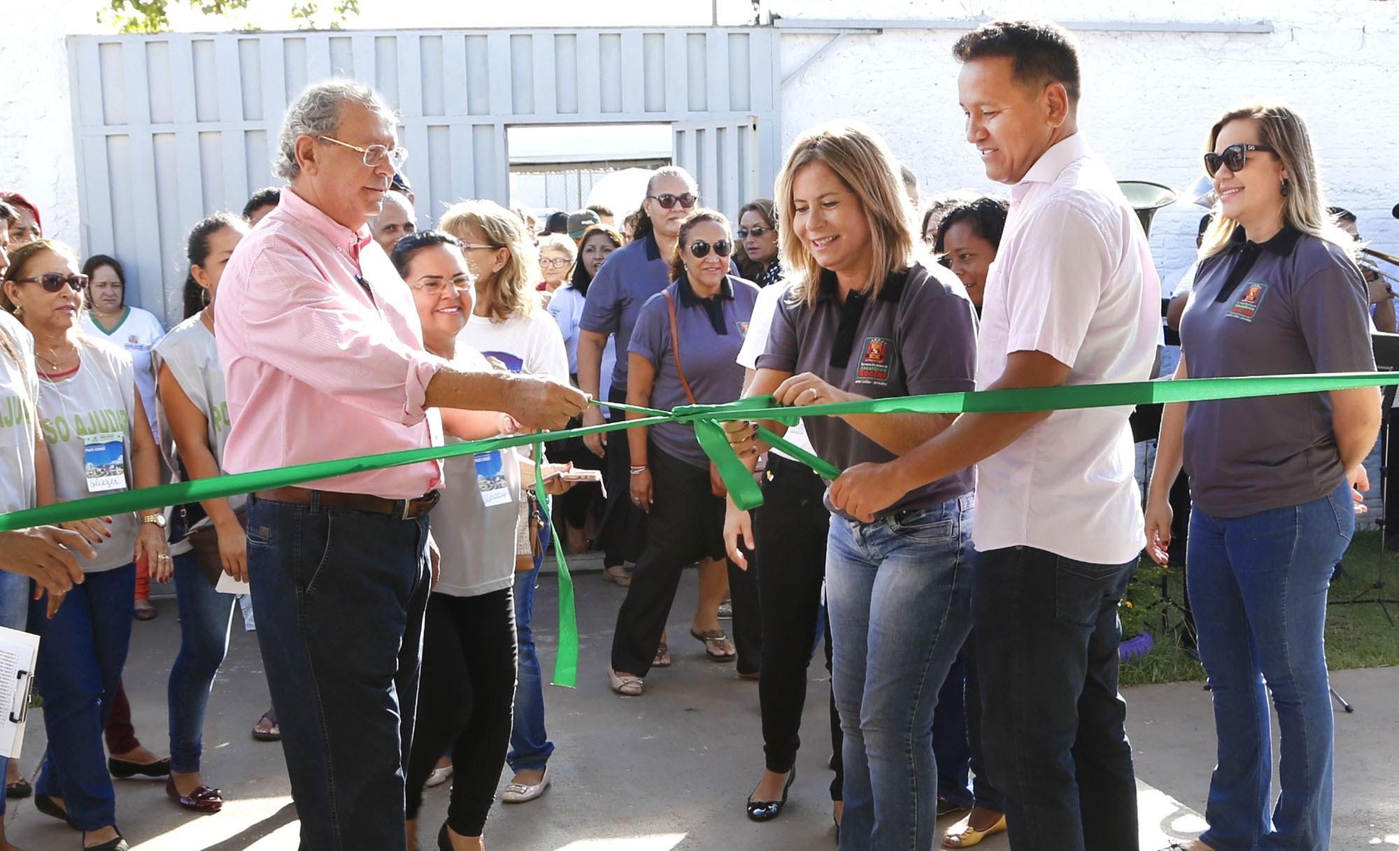 Inauguração de escola municipal marca união dos Poderes em Várzea Grande