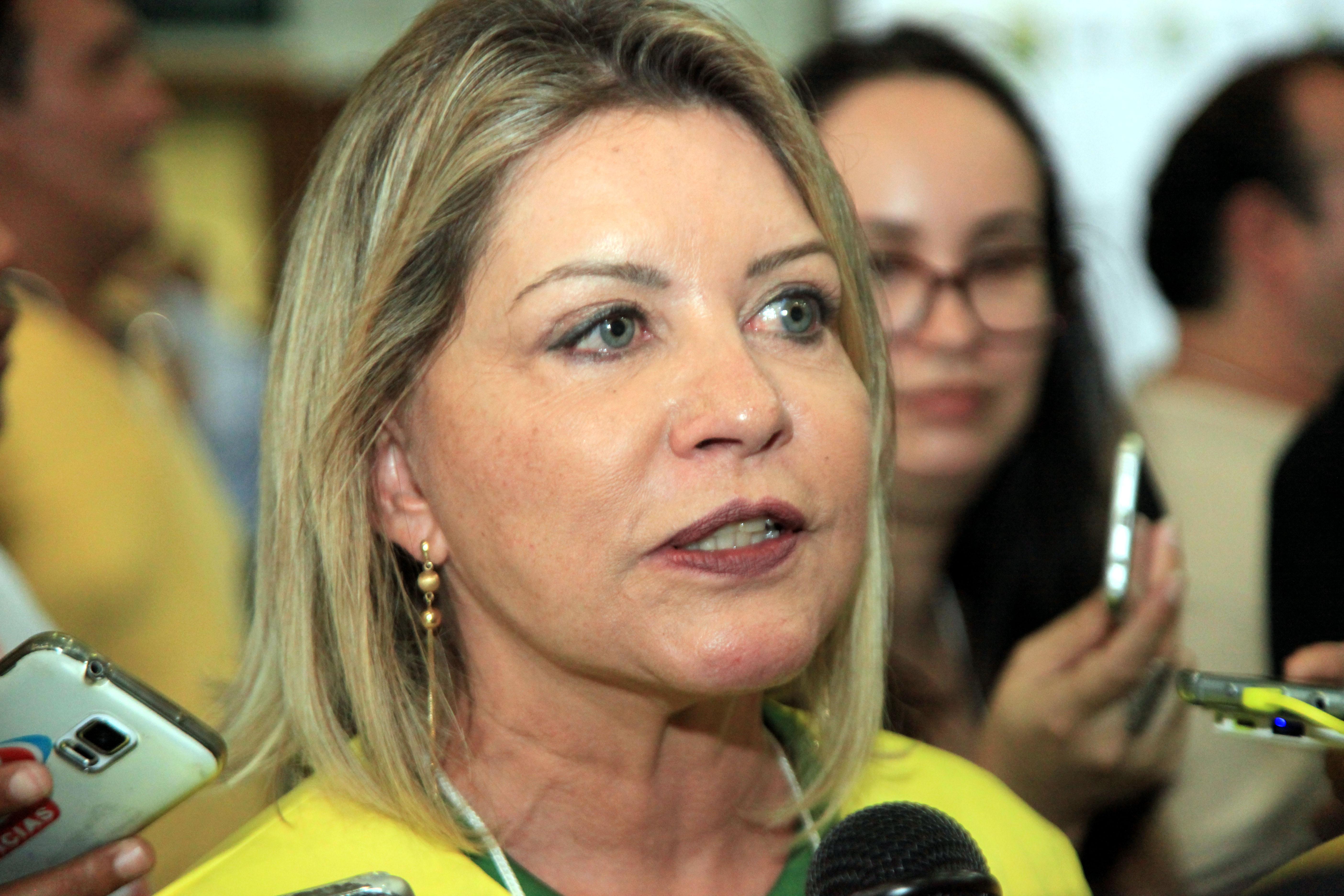 """""""Não tem em nenhum momento apontamento de recursos de origem vedada"""", rebate defesa de Selma Arruda"""