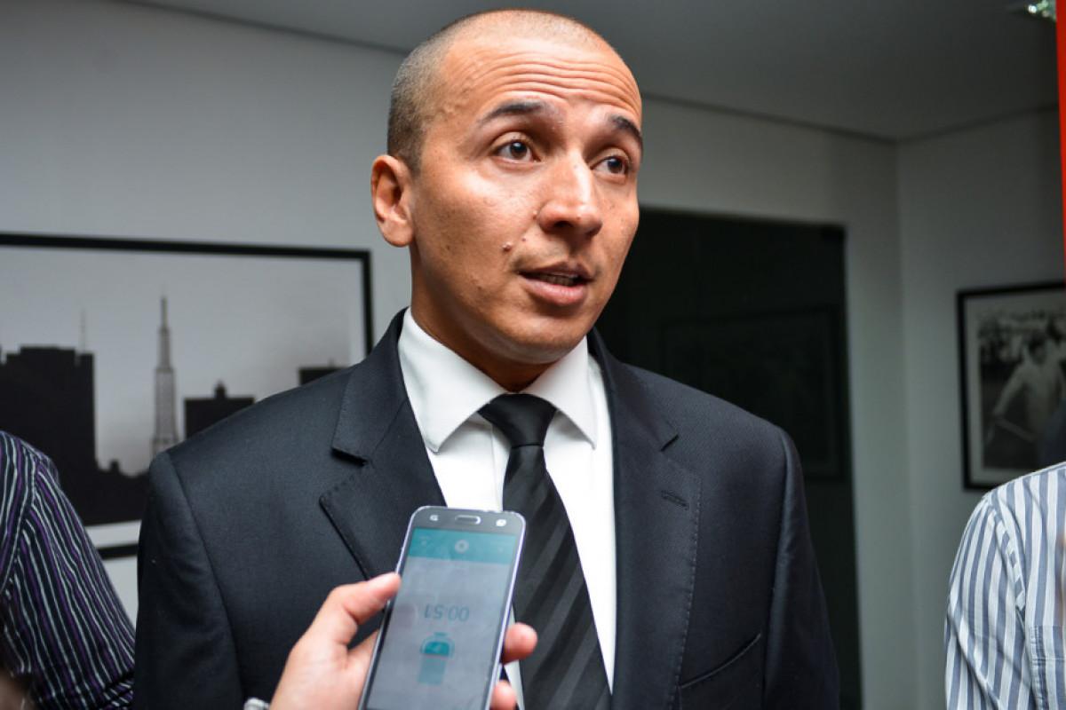 """Prestação de contas do PSOL mostra """"aposta"""" do partido na disputa ao Senado"""