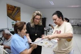 1ª dama traz à Cuiabá projeto de arte têxtil com cunho socioambiental