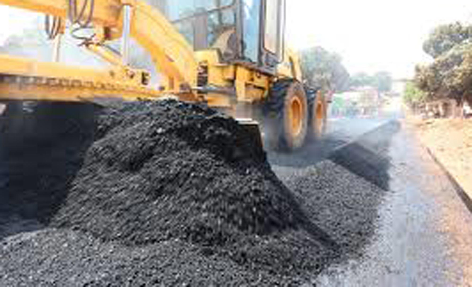 Emanuel lança pacote de obras de drenagem e pavimentação