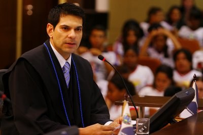 Pleno condena ex-vereadora de VG por nomear nora como funcionária fantasma