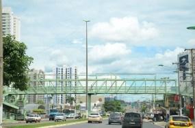 Prefeitura inicia revitalização da passarela da Fernando Corrêa