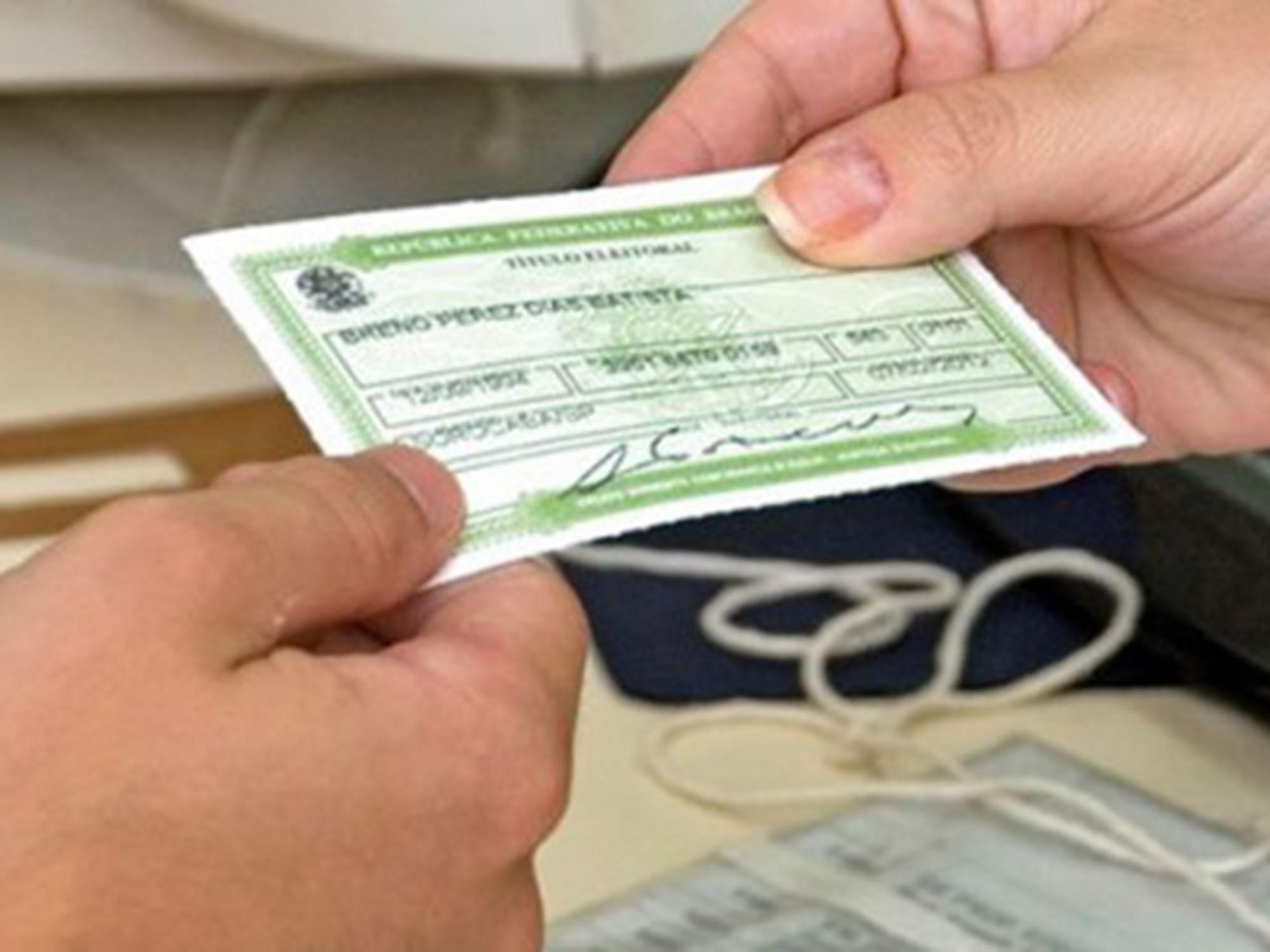 Eleitor de Cuiabá que estiver fora no dia 30 deve justificar ausência às urnas