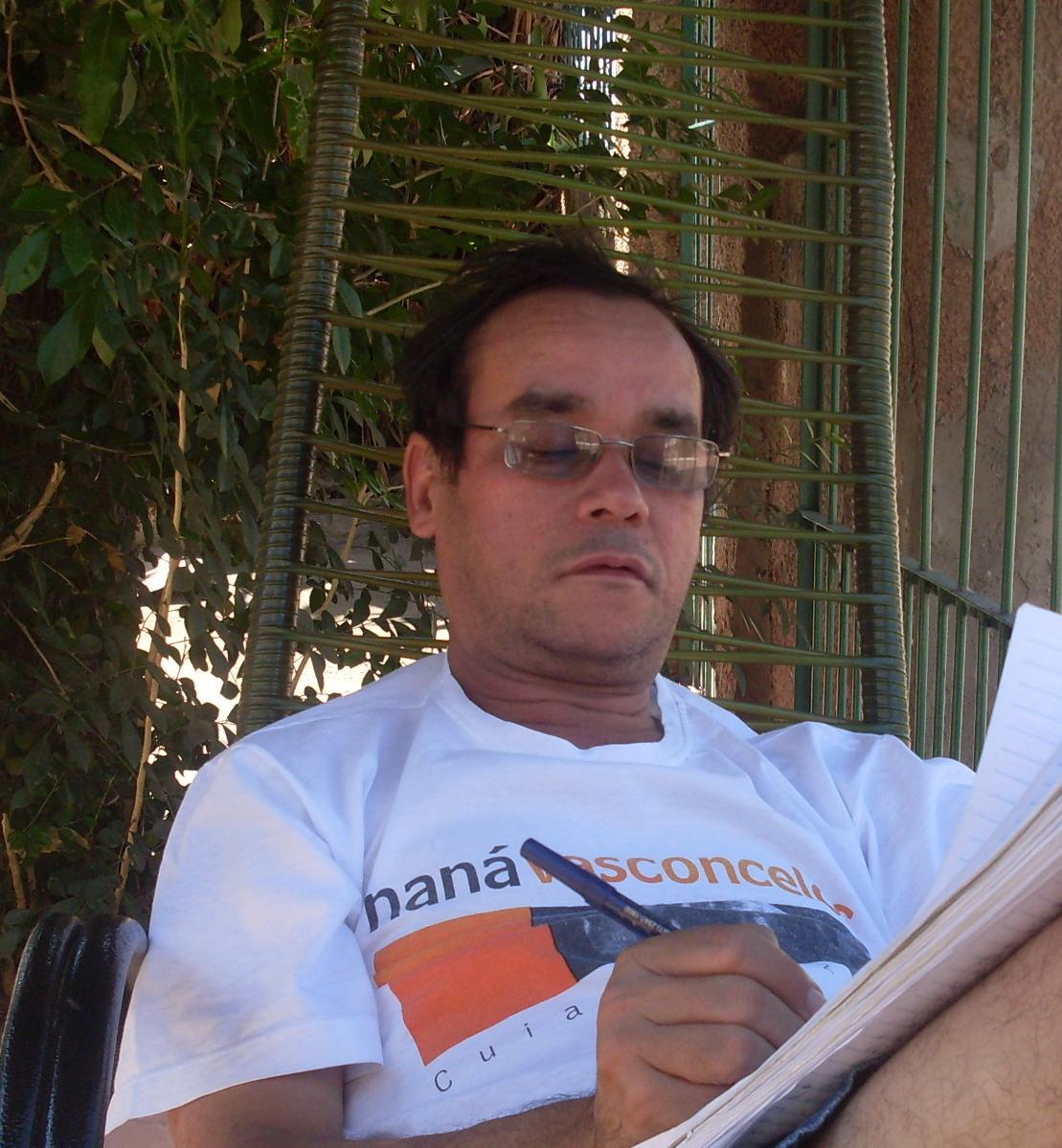 Poeta Antônio Sodré será homenageado nesta segunda-feira
