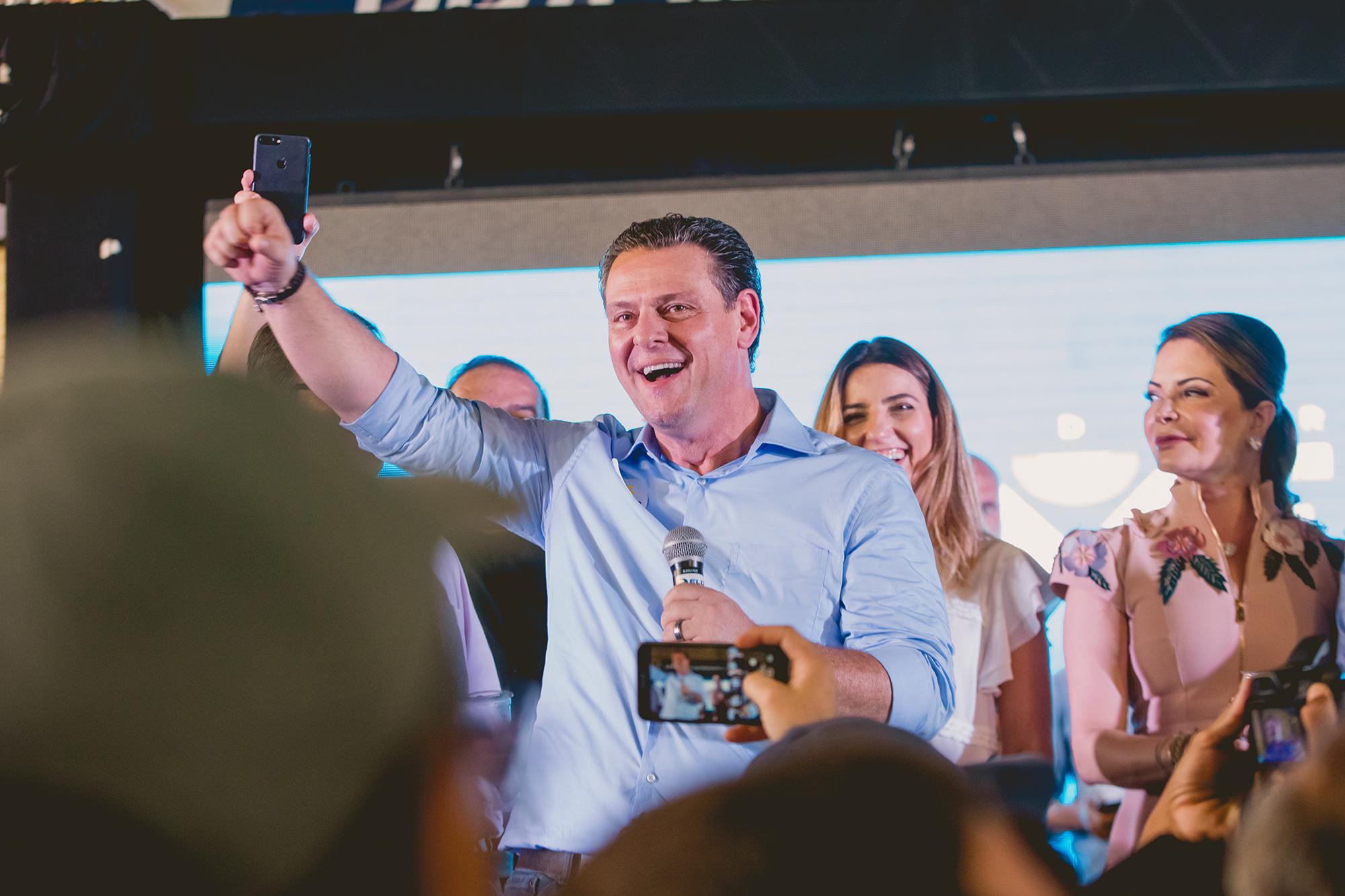 """Com mais de 434 mil votos, Fávaro diz que """"sai mais forte das eleições"""""""