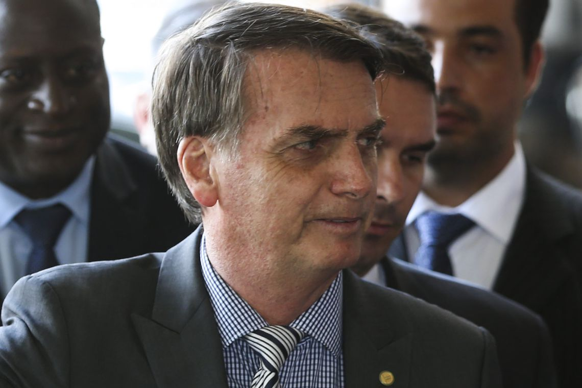Bolsonaro chega hoje a Brasília para reuniões com MDB, PRB, PR e PSDB