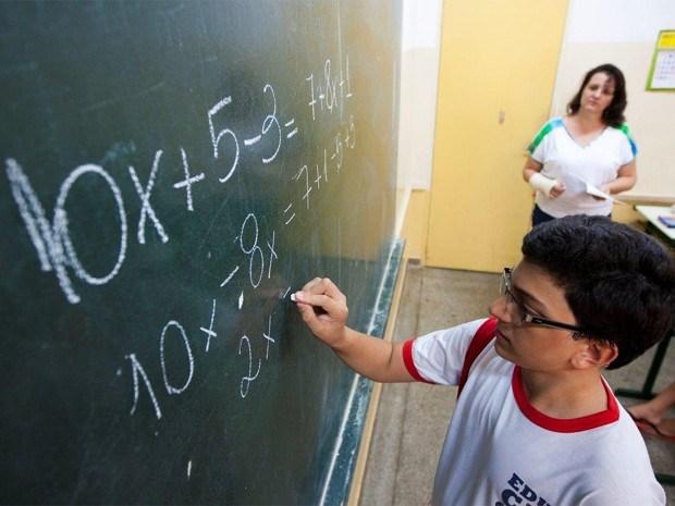 Estado lança programa inédito para atender saúde preventiva na Educação