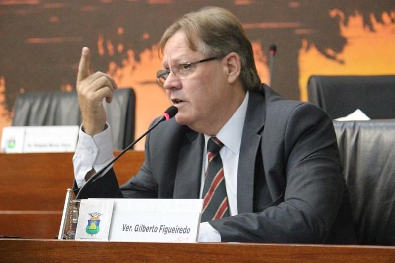 Gilberto Figueiredo acusa presidente da Câmara de negligenciar informações