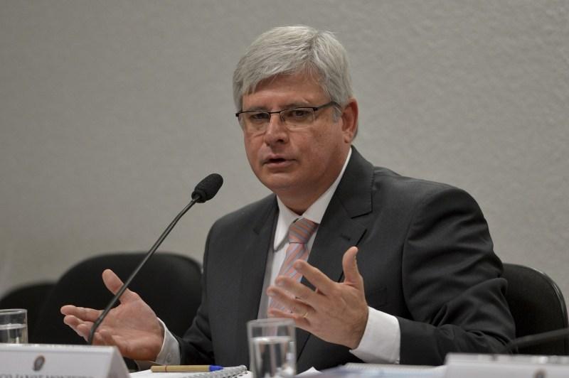 Janot organizou esquema de escutas clandestinas na PGR, diz IstoÉ