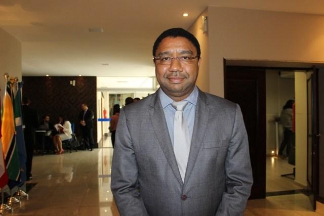 'Vejo que o Estado deve procurar o caminho da aten��o prim�ria', diz Rubens de Oliveira