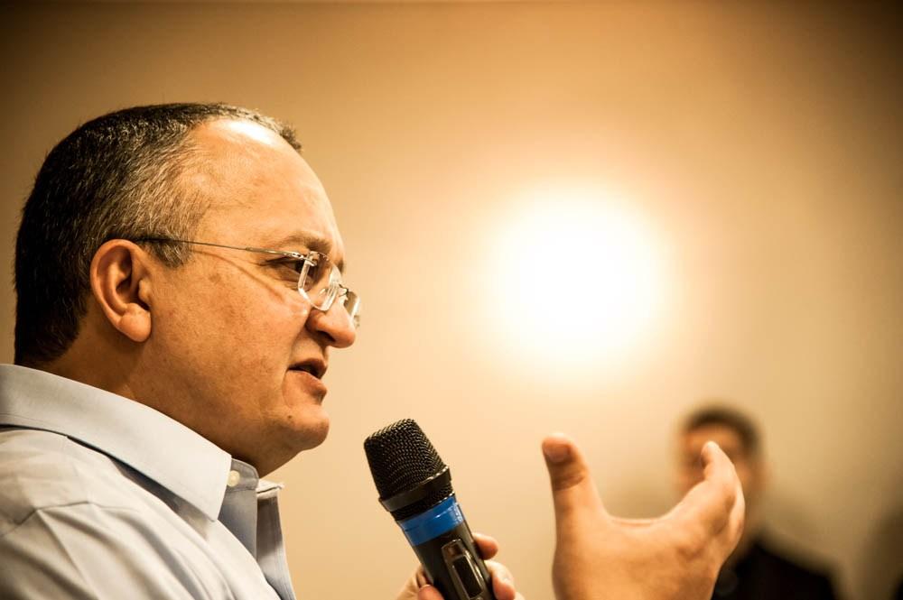 """Empresário diz que Taques concordou com pagamento """"adicional"""" de ex-secretário"""