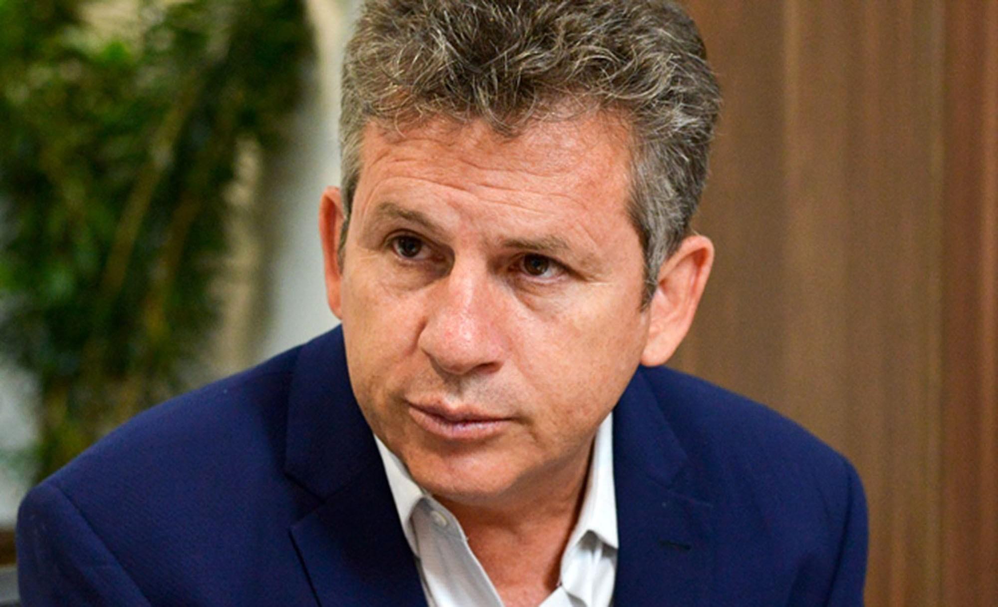 Se não parar a crise, vamos afundar, diz Mauro Mendes