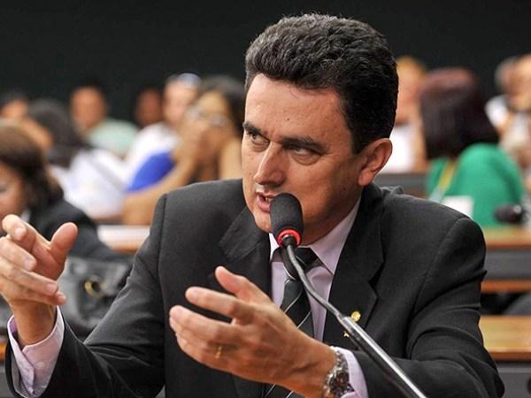 Na bancada, só Ságuas votou contra PEC 241