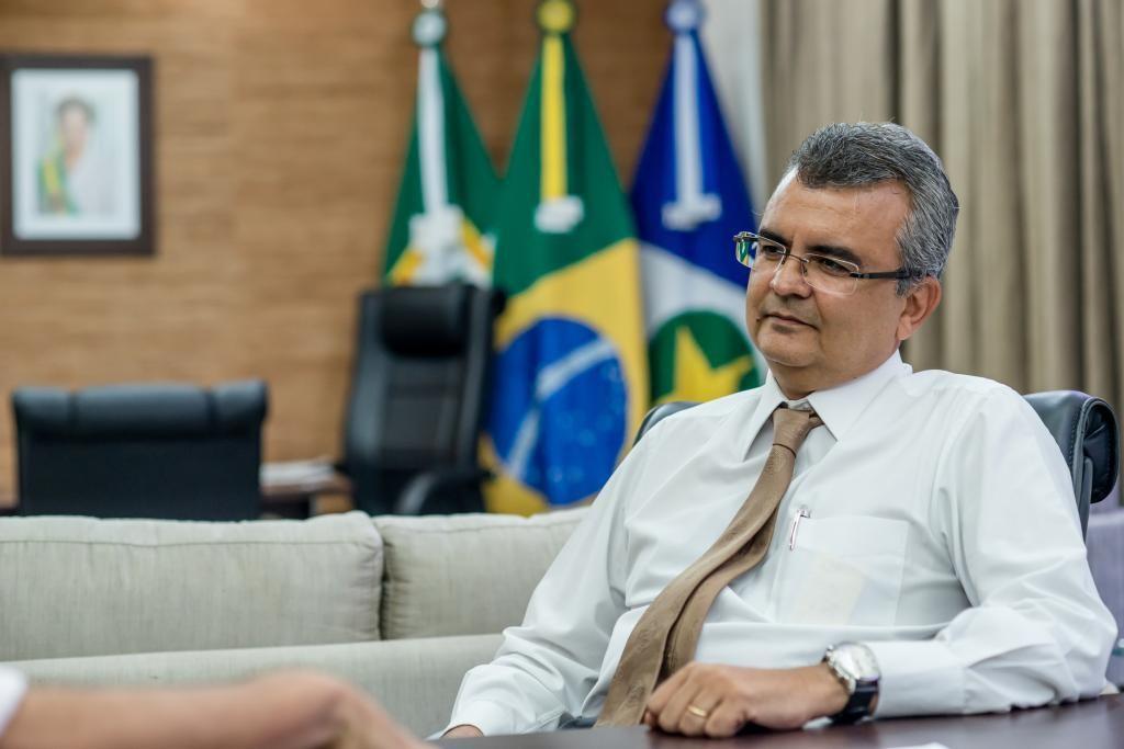 Paulo Taques e ex-presidente de instituto são multados por falhas na gestão do Intermat