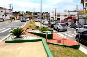 """""""Obra que torna Cuiabá cada vez mais viva"""", avalia Emanuel sobre entrega de revitalização de avenida"""
