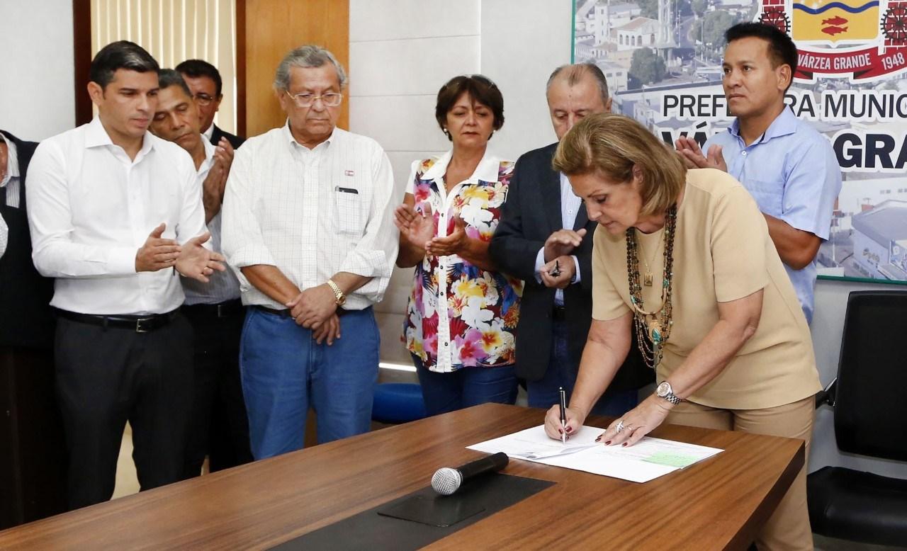 Prefeitura de Várzea Grande paga salário de março nesta quarta-feira