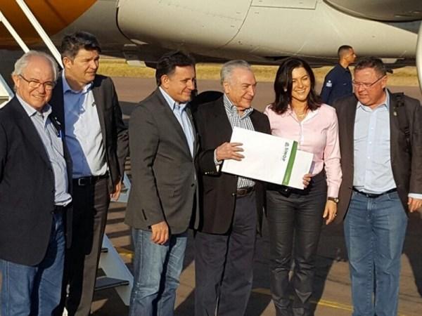 Acompanhado do ministro Maggi, Temer participa de inauguração em Lucas
